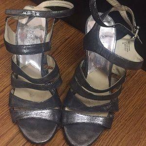 Micael Kors silver heels